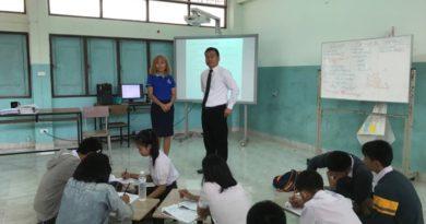 นายสมดี ปะตังเวสัง ผู้อำนวยการโรงเรียนบ้านไผ่ศึกษาเข้าเยี่ยมให้กำลังใจการยกระดับผลสัมฤทธิ์ทางการเรียนรู้ O-NET